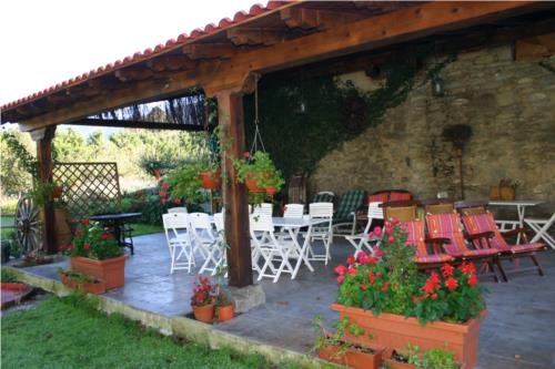 terrace farm house caserío maribel in Alava