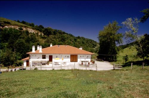 facade country house errota berri in Gipuzkoa