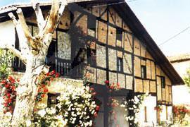 facade country house ozollo in Bizkaia