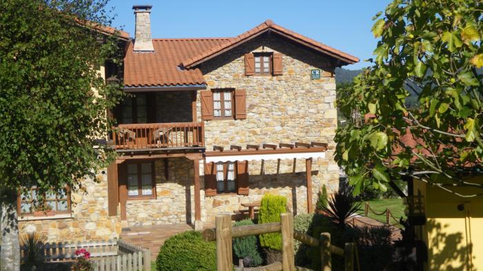 fachada casa rural Matsa en Bizkaia