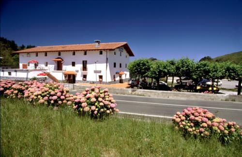 facade farm house santuaran bekoa in Gipuzkoa