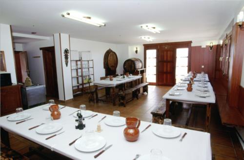 dining room farm house kostegi in Gipuzkoa