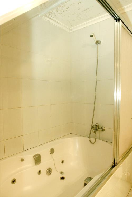 baño casa rural trabaku goiko en Vizcaya