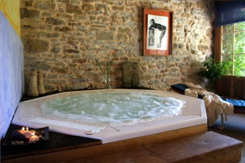 jacuzzi farm house guikuri in Alava