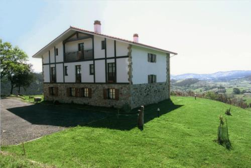 facade country house gane in Bizkaia