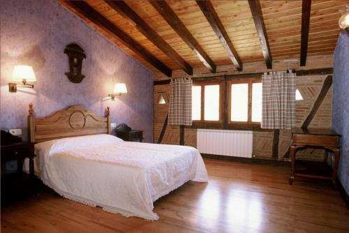 Habitación doble 1 agroturismo Aristieta en Bizkaia