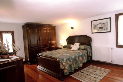 habitación doble 1 casa rural makaztui en Vizcaya