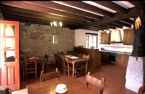 dining room country house goikoetxe in Bizkaia
