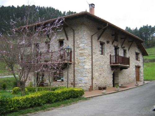 facade 3 country house goikoetxe in Bizkaia