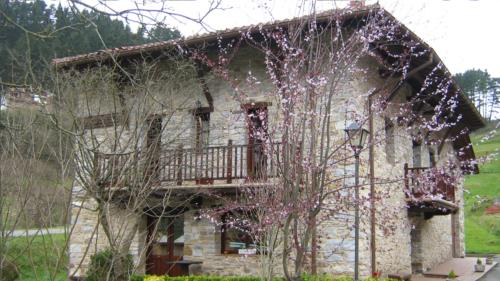 facade 1 country house goikoetxe in Bizkaia