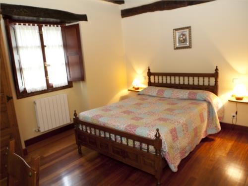 habitación doble 6 casa rural goikoetxe en Vizcaya