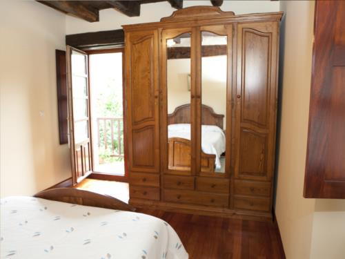 habitación doble 11 casa rural goikoetxe en Vizcaya