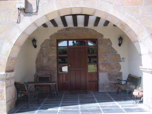entrance farm house etxebarri in Alava