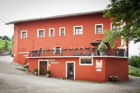 Fachada Casa Rural Artola (Agroturismo) en Astigarraga. Gipuzkoa