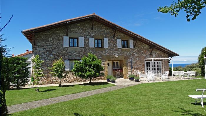 Fachada Casa Rural Landarte