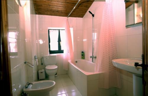 baño casa rural astorki goikoa en Vizcaya