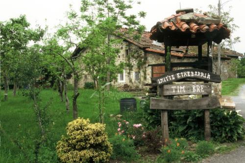 exterior casa rural imitte en Vizcaya