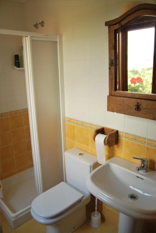 baño agroturismo toki eder en alava
