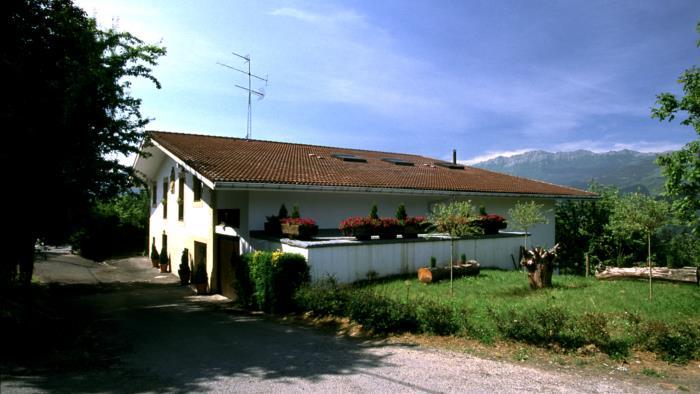 fachada casa rural Lierni Garakoa en Gipuzkoa