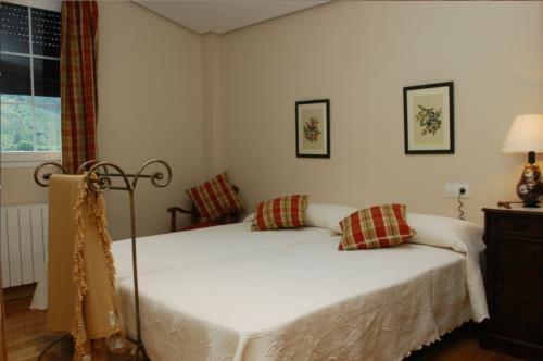habitación doble 2 casa rural urdinetxe en Alava
