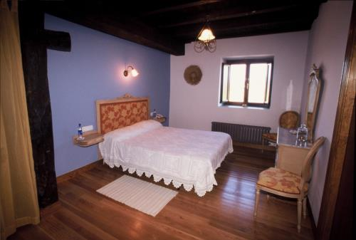 double room 1 country house bentazar in Alava