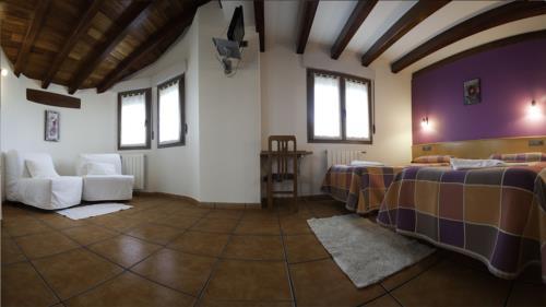 habitación doble agroturismo Enbutegi en Gipuzkoa