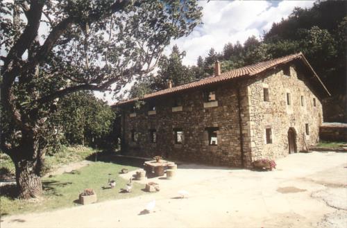 facade farm house pastain in Gipuzkoa