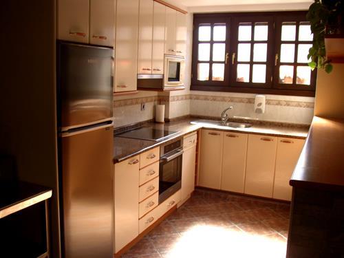 cocina 1 casa rural A.Berri en Gipuzkoa