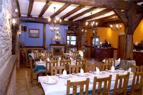 dining room farm house perlakua saka in Gipuzkoa