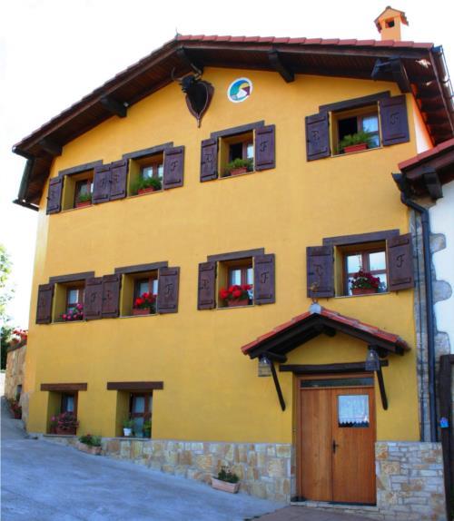 facade farm house perlakua saka in Gipuzkoa