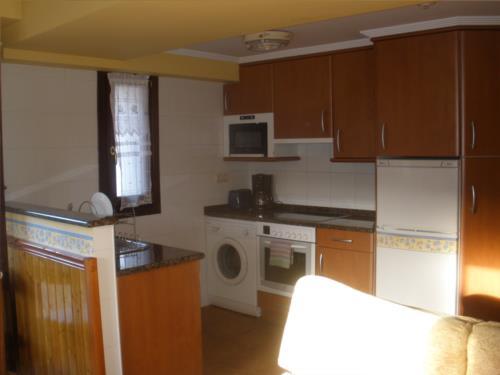 Cocina apartamento agroturismo Itulazabal en Gipuzkoa