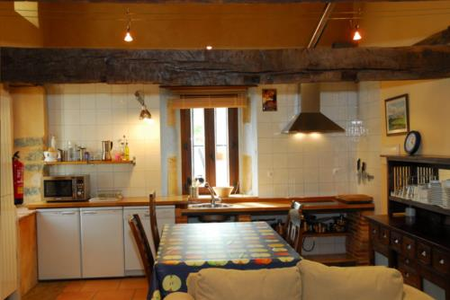 kitchen country house apezetxea in Alava