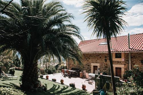Terrace in Urrezko Ametsa Country House in Bizkaia