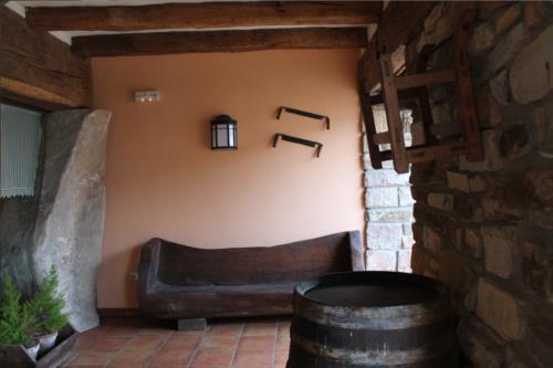 porch farm house longa nagusia in Bizkaia