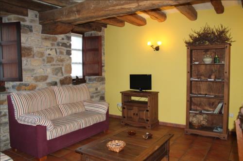 living room farm house longa nagusia in Bizkaia