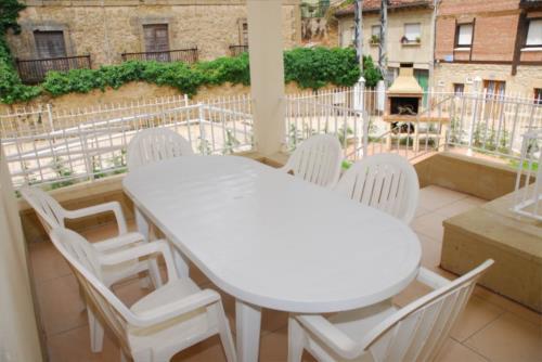 terrace country house gesaltza etxea in Alava