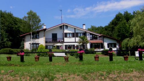 facade 1 farm house atxarmin in Alava