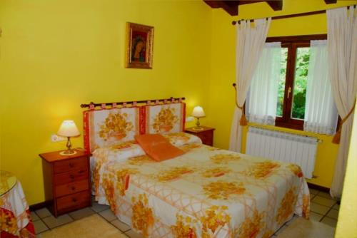 double room 3 farm house atxarmin in Alava