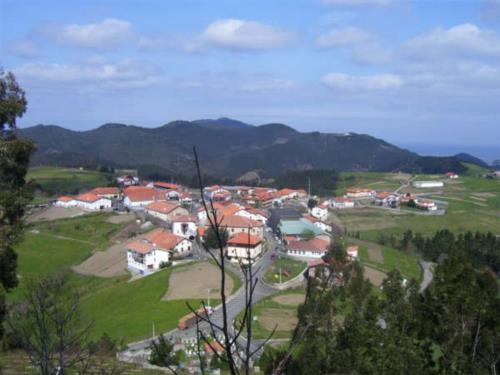 paisaje casa rural altuena en Vizcaya
