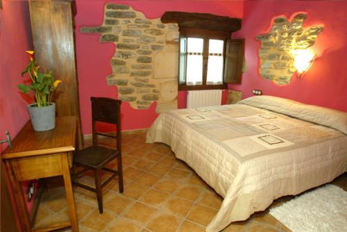 habiatción doble 1 casa rural sorginetxe en Alava