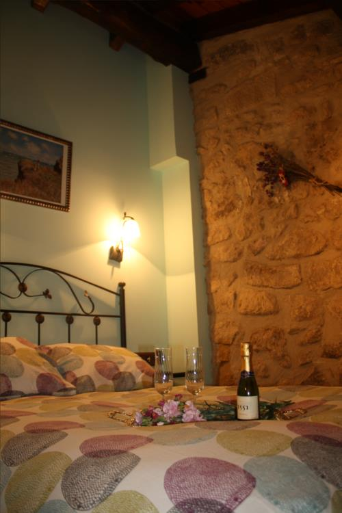double room 4 country house la molinera etxea in Alava