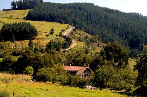 paisaje casa rural Txopebenta en Bizkaia