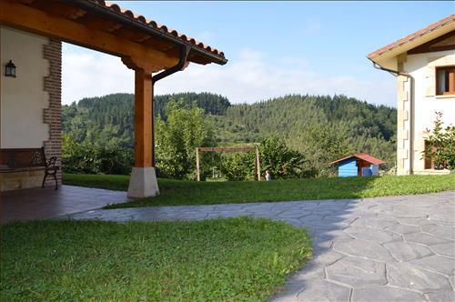 Columpios_Casa_Rural_Azketa_Errota_Zestoa_Gipuzkoa