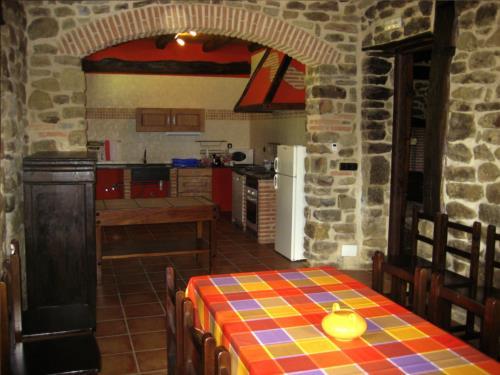 Cocina  casa rural Pagaigoikoa en Bizkaia