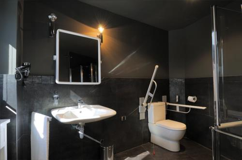 bathroom coutry house aldori in Bizkaia