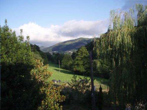 paisaje agroturismo zubeltzu torre en gipuzkoa