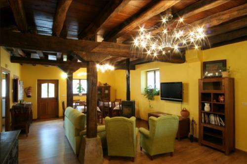 living room farm house behitegi in Alava