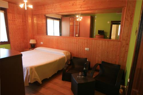 double room 3 country house los huetos in Alava