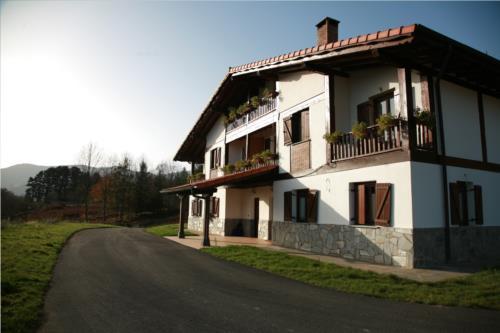 facade farm house Landagarre in Gipuzkoa