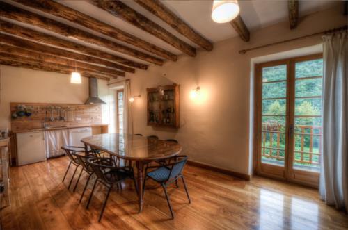 dining room farm house ibarrolabekoa in Gipuzkoa